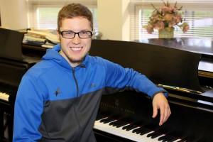 Phi Kappa Phi awards $5,000 fellowship to John Paul Lempke
