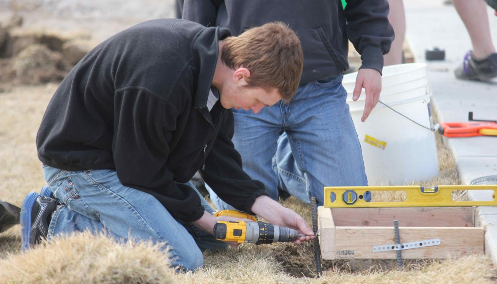 More than 700 University of Nebraska at Kearney students are participating in The Big Event on Saturday, volunteering there time to give back to the community by taking on service projects at 43 locations across the city.