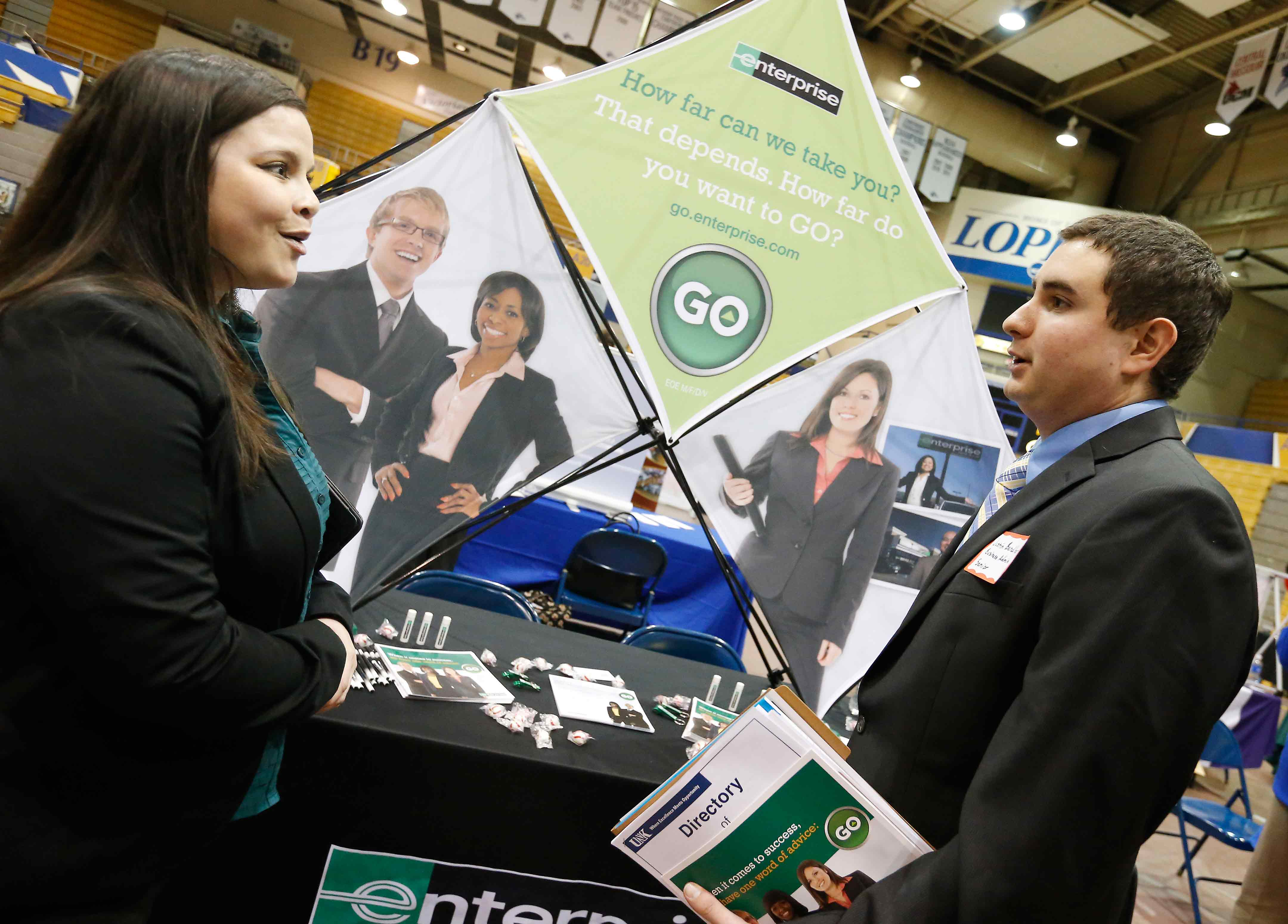 career days allow students to explore employment opportunities 10 juniors and seniors from all majors can attend the college of business and technology networking reception business professional attire is required and
