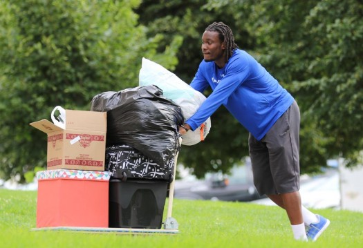 PHOTO GALLERY: Blue Gold Move In Day