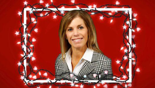 Jane Strawhecker Christmas: pingpong, a new tree and 'Elf'