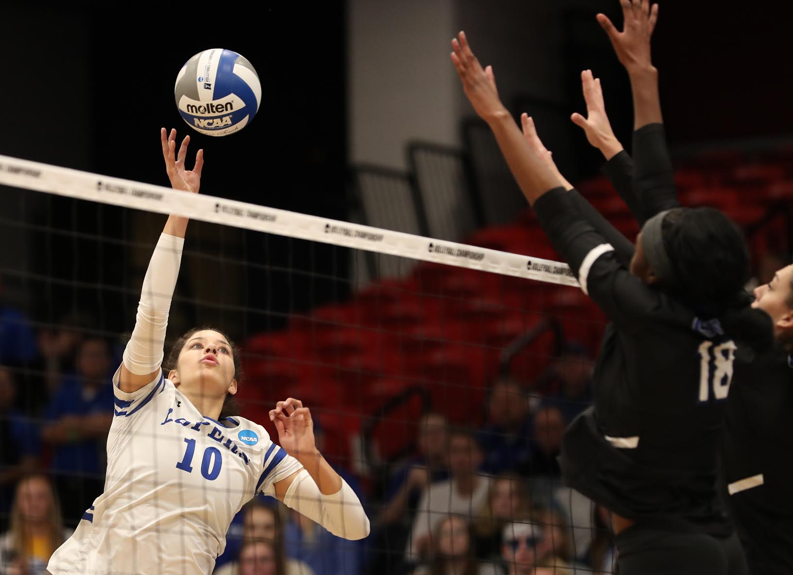 Julianne Jackson (10) is one of four seniors who finished their UNK volleyball careers during Saturday's NCAA Division II national championship match in Denver. (Photos by Corbey R. Dorsey, UNK Communications)