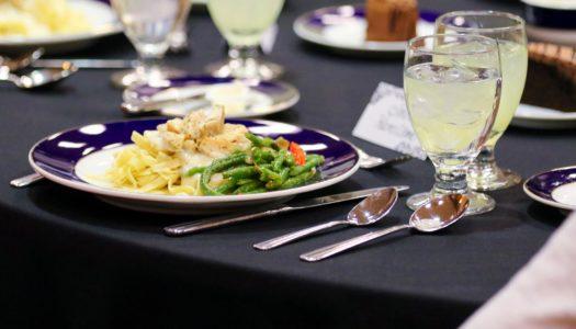 Etiquette Dinner (4)