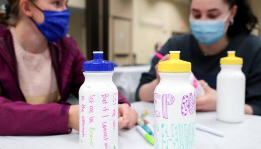 Greek Week water bottle decorating-5