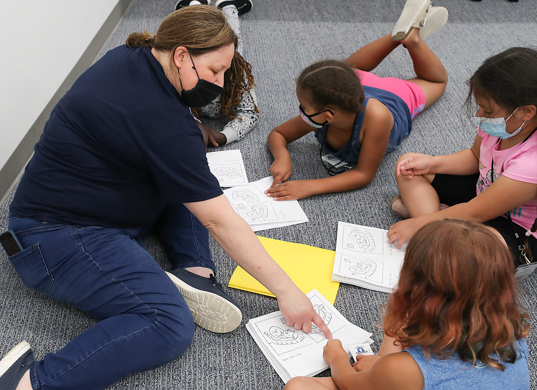 Emerson Elementary School teacher Sara Kucera leads a lesson for students attending the PAWS University Prep Academy at UNK. (Photos by Erika Pritchard, UNK Communications)