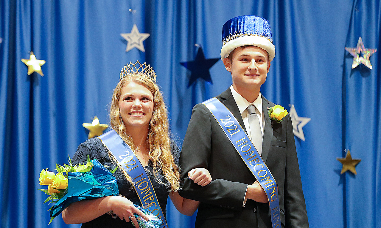 Holly Rockenbach of York and DJ Hardwick of Benkelman were crowned UNK homecoming queen and king during a ceremony Thursday evening.