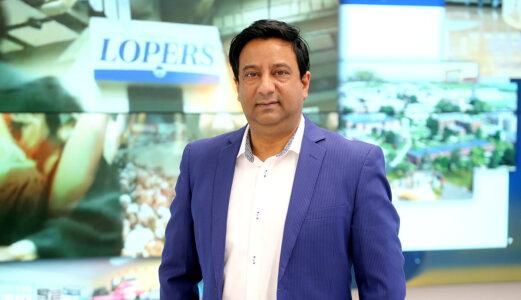 UNK professor Liaquat Hossain named Tech Educator of the Year