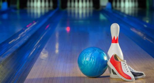 Alpha Omicron Pi sorority hosting 'Strike Out Arthritis' bowling tournament