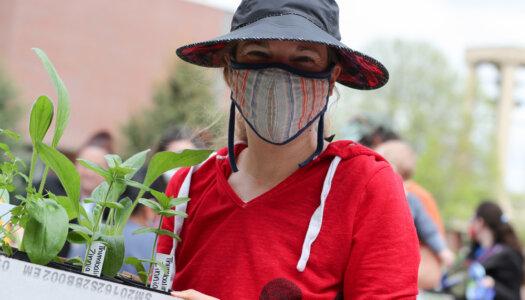 Spring plant fundraiser-33