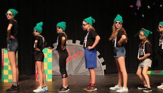 Willy Wonka Kids! dress rehearsal-22